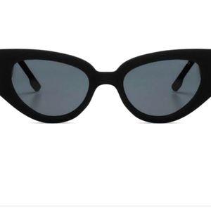 Komono Fran Sunglasses - Carbon Matt